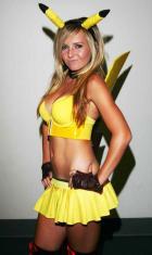 sexy_cosplay_de_pikachu_hWR_wide
