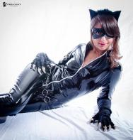 catwoman_cosplay_by_miyaabi-d5ohj6i