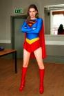anne-hathaway-supergirl